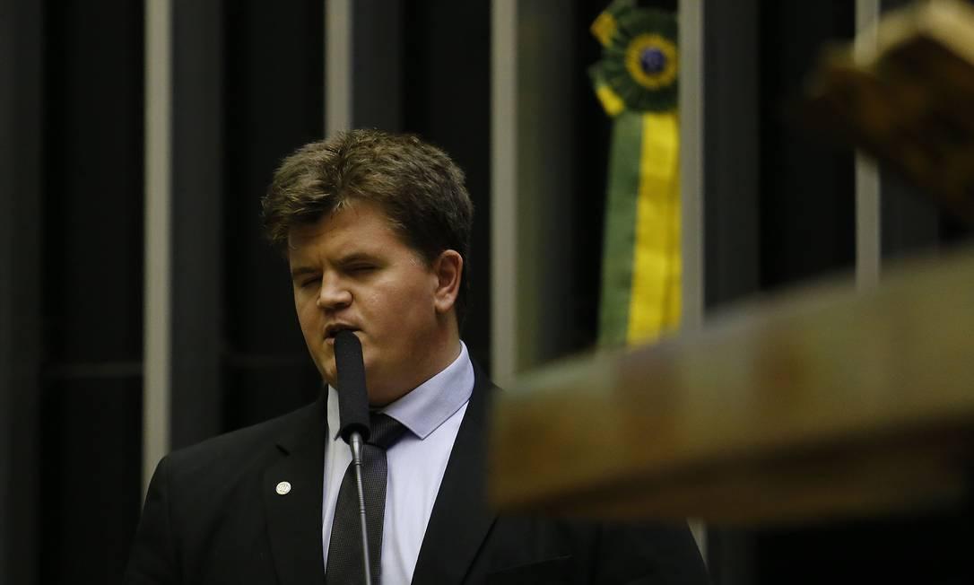 O deputado Felipe Rigoni (PSB-ES) foi um dos que votaram a favor da reforma Foto: Jorge William / Agência O Globo