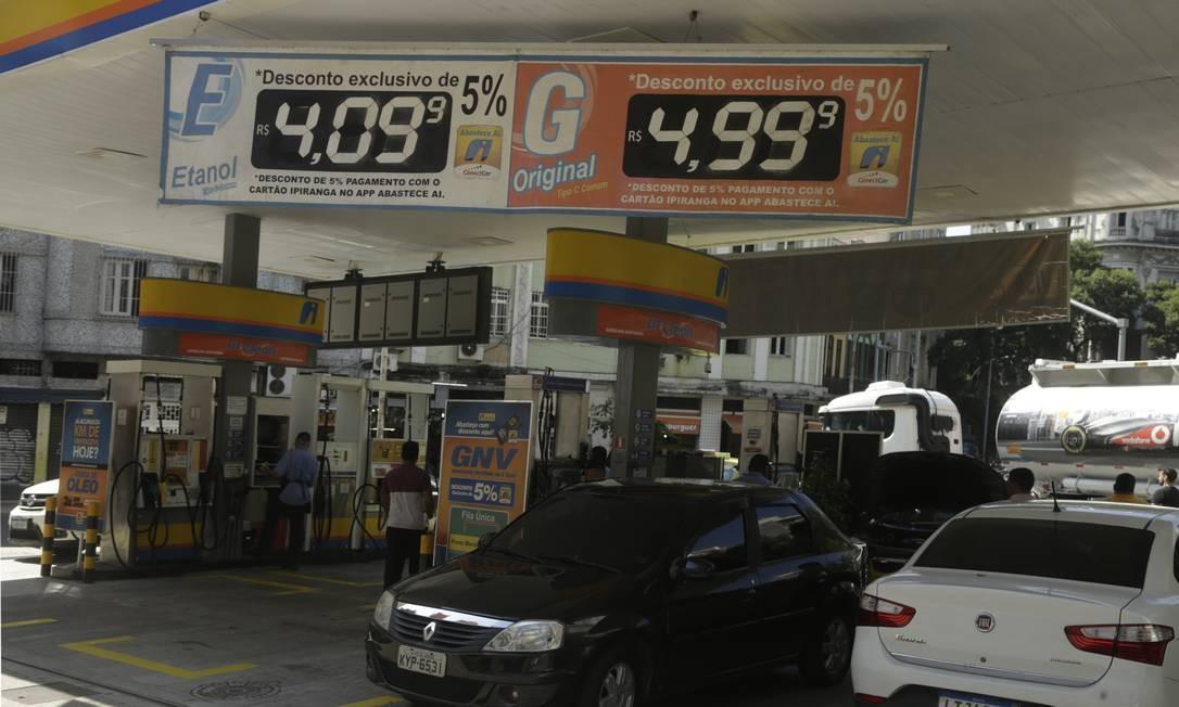 Postos podem passar a comprar etanol diretamente dos usineiros, se proposta de Bolsonaro for formalizada Foto: Antonio Scorza / Agência O Globo