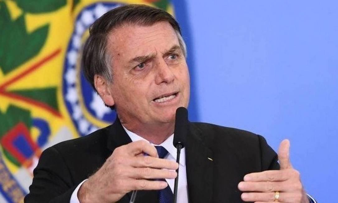 Bolsonaro: governo deve reavaliar todas as normas de saúde e segurança do trabalho, reduzindo-as em 90% Foto: / AFP
