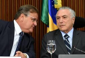 O ex-ministro Geddel Vieira Lima e o ex-presidente Michel Temer Foto: Evaristo Sá / AFP / 15-6-2016