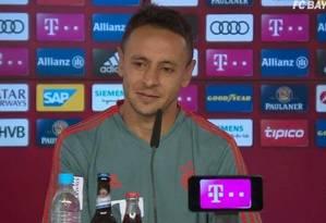 O lateral Rafinha se despediu do Bayern de Munique Foto: Reprodução/Bayern TV