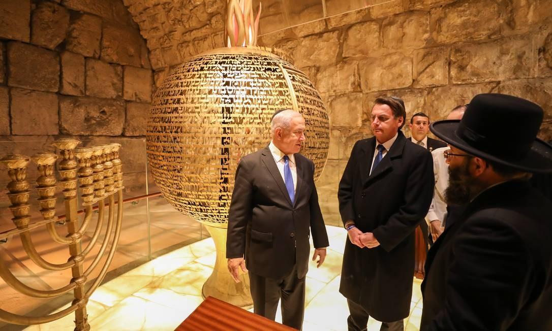 Durante a viagem a Israel, Jair Bolsonaro anunciou a abertura de um escritório de negócios do Brasil em Jerusalém, mas não transferiu a embaixada de Tel Aviv, como o governo israelense esperava Foto: Clauber Cleber Caetano 01-04-2019 / PR