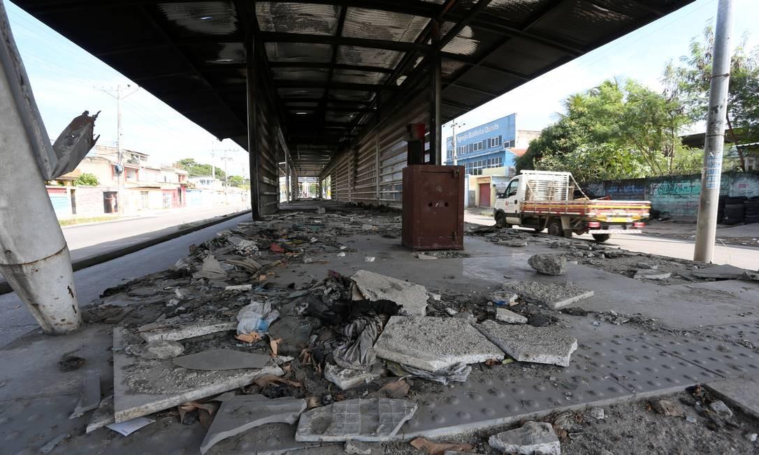 Estação Cesarão 3, em Campo Grande, totalmente destruida Foto: Fabiano Rocha / Agência O Globo