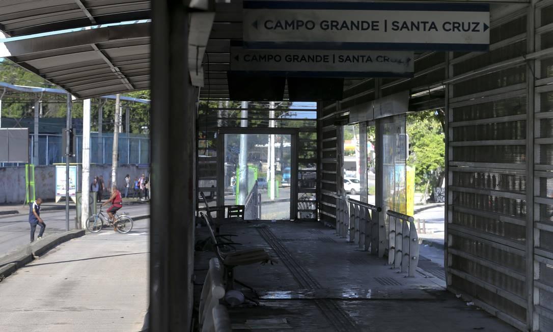 A estação Cesarão é uma das abandonadas Foto: Márcia Foletto / Agência O Globo