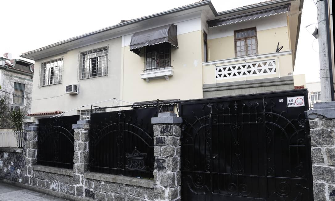 Fachada da casa onde funcionaria a empresa Linear de empresários americanos que tiveram o sigilo quebrado pela Justiça Foto: Marcos Ramos / Agência O Globo
