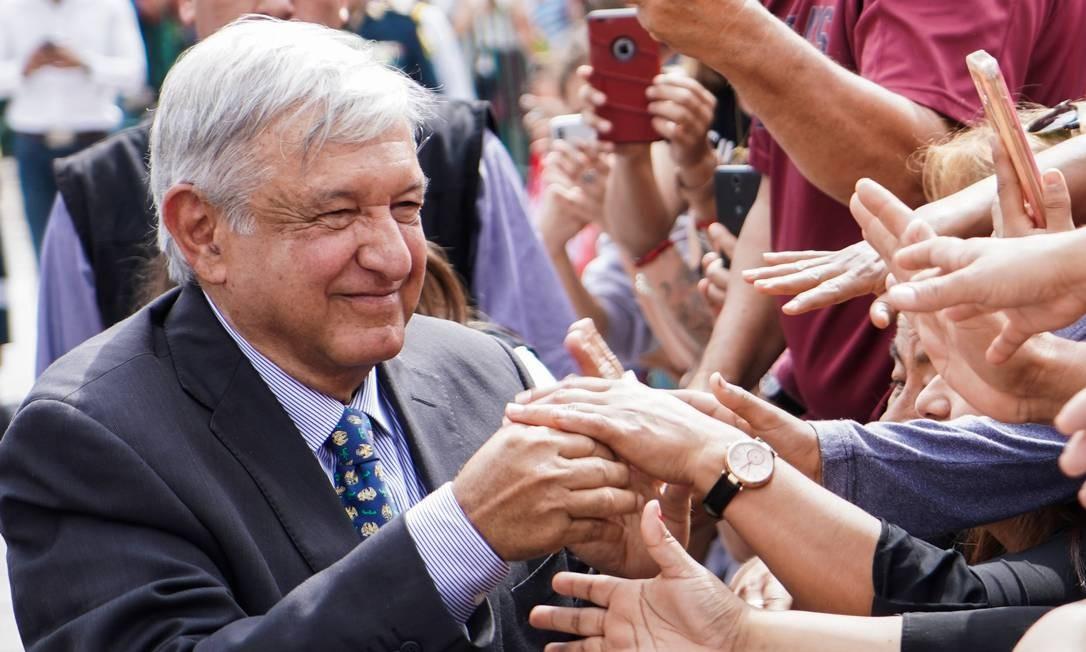 Presidente do México, Andrés Manuel López Obrador cumprimenta pessoas durante evento em Piedras Negras Foto: Assessoria da Presidência do México 05-05-2019 / REUTERS