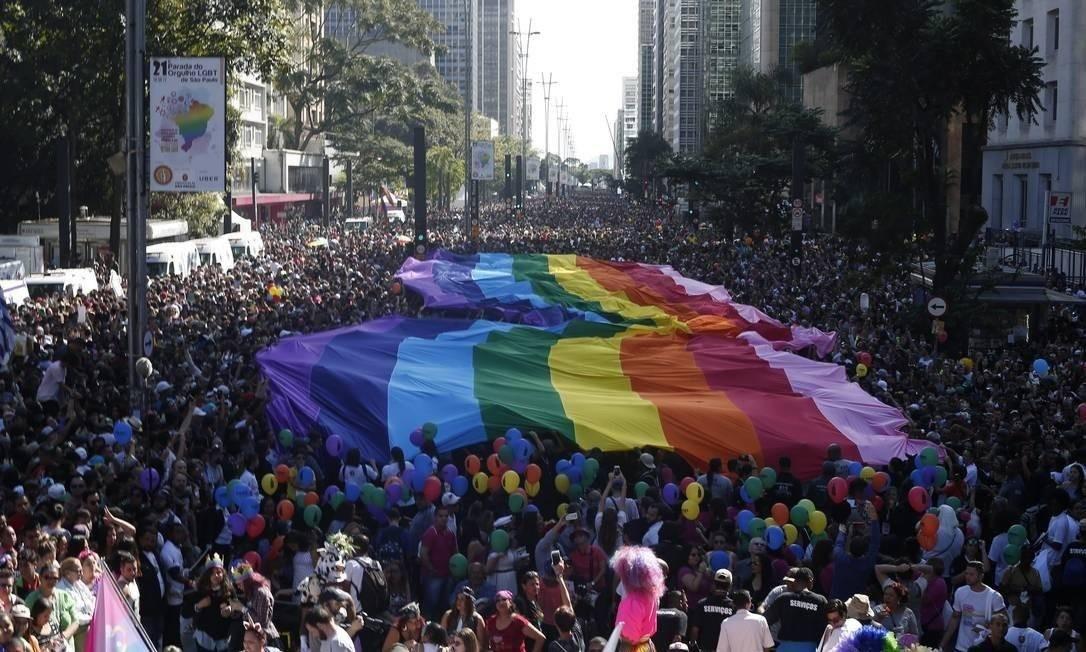 Parada gay no Rio de Janeiro, um dos maiores eventos turísticos da cidade Foto: Marcos Alves / Agência O Globo