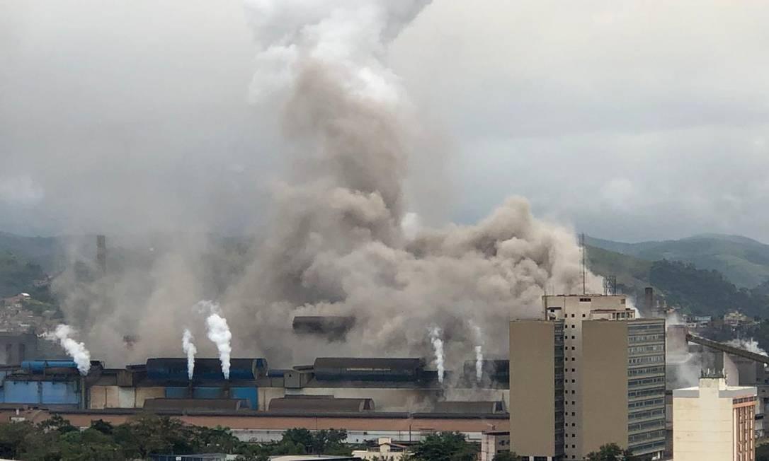 Explosão ocorreu por volta das 8h e cerca de 20 funcionários apresentaram sinais de intoxicação Foto: Arquivo pessoal