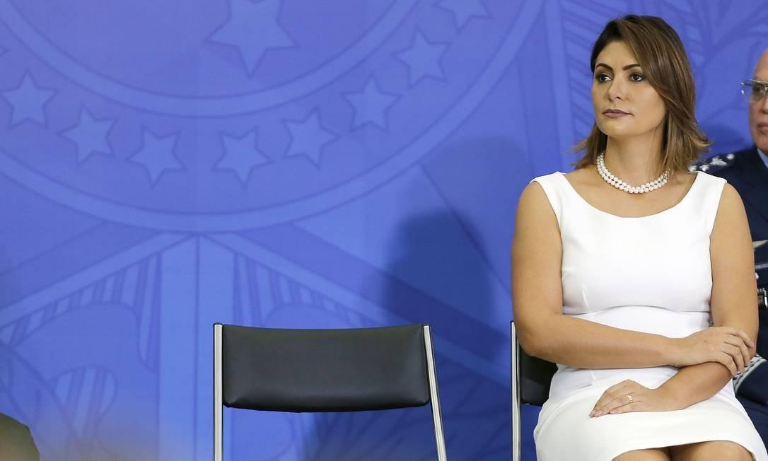 Fabrício Queiroz afirmou ter dado dez cheques, no valor total de R$ 40 mil, a Michelle Bolsonaro Foto: Jorge William / Agência O Globo