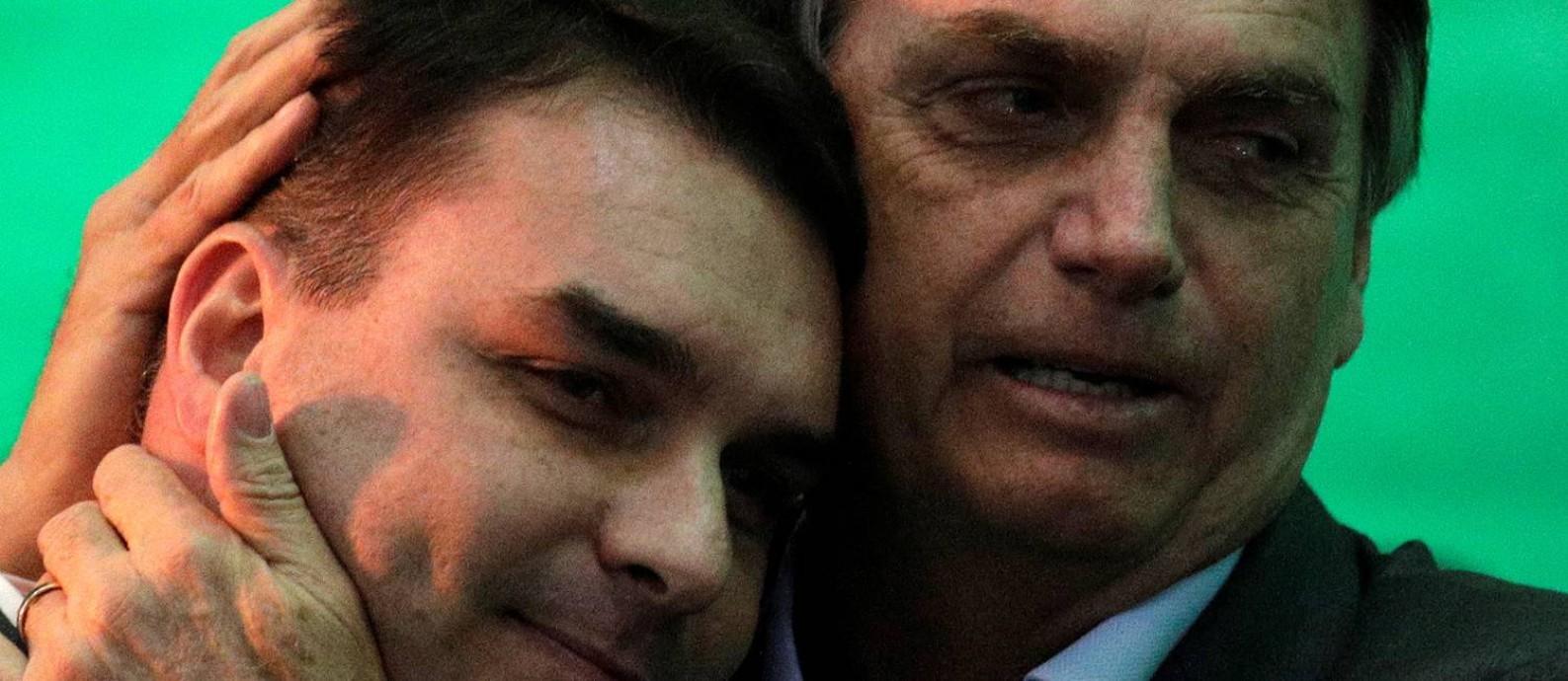 ÉPOCA teve acesso a gravações em que dois ex-funcionários e parentes de Jair Bolsonaro relembram as devoluções, em dinheiro vivo,feitas aFlávio naAlerj. Foto: Ricardo Moraes / Reuters