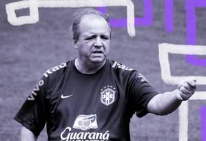 Vadão disputará segunda Copa à frente da seleção feminina Foto: Arte sobre foto de Guito Moreto