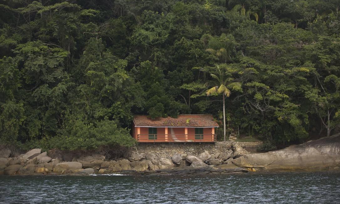 Há construções anteriores à criação da Unidade de Conservação em algumas das ilhas. Na foto, construção que deverá ser demolida na Ilhota Grande. Foto: Márcia Foletto / Agência O Globo