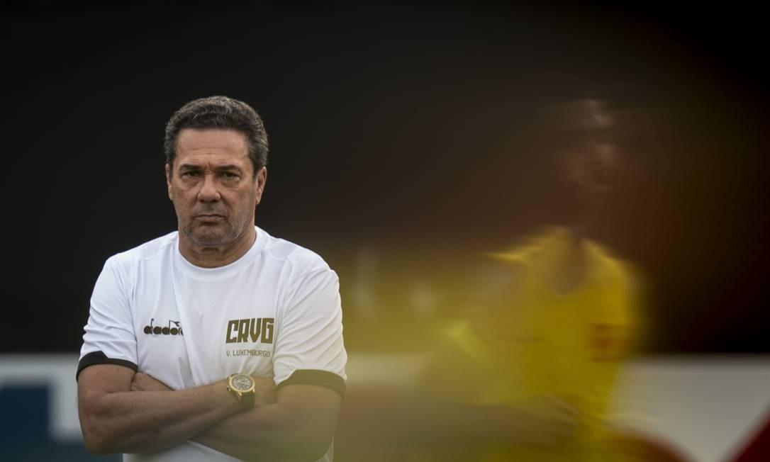 O técnico Vanderlei Luxemburgo em seu primeiro treino no Vasco Foto: Alexandre Cassiano