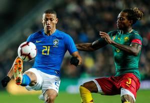Richarlison, de 22 anos, no amistoso contra Camarões Foto: EDDIE KEOGH / Reuters
