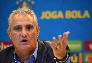 Tite se incomoda com perguntas sobre Neymar Foto: SERGIO MORAES / REUTERS