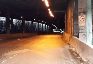 Túnel Rafael Mascarenhas está fechado após desabamento Foto: Renan Rodrigues / Agência O Globo