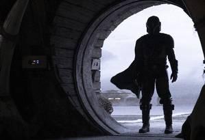 Pedro Pascal em 'The mandalorian', série da Disney que será lançada em novembro de 2019 nos Estados Unidos Foto: François Duhamel / Lucasfilm