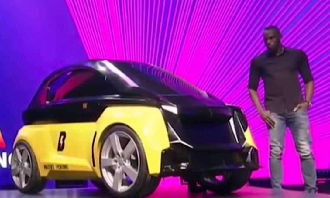 Bolt e o B-Nano: carro passaria até por porta, diz ex-velocista. Foto: Reprodução/YouTube