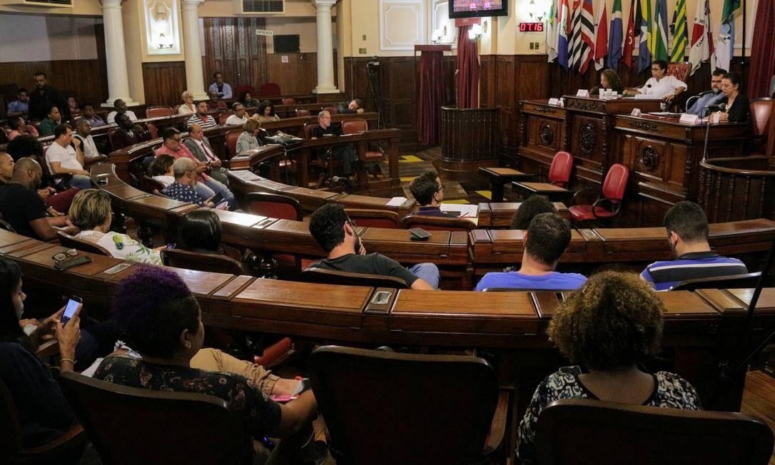 Na última quinta-feira, a Câmara realizou audiência pública sobre a CPI da Energia Elétrica promovida pela Alerj, onde foram expostas as reclamações de contribuintes e as deficiências da Enel Foto: Sérgio Braga / Câmara Municipal de Niterói