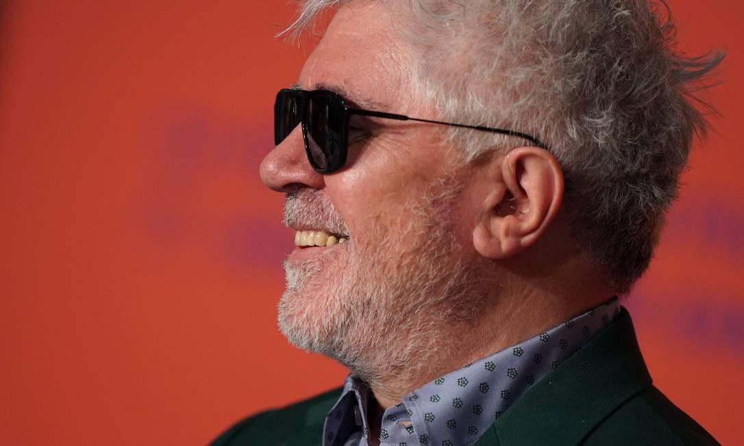 Pedro Almodovar na coletiva de imprensa de 'Dor e glória', em Cannes Foto: LAURENT EMMANUEL / AFP