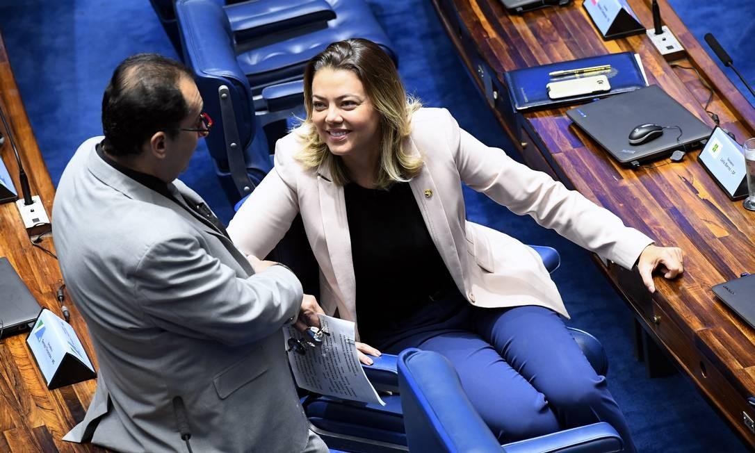 Jorge Kajuru (PSB-GO) e Leila Barros (PSB-DF) no plenário do Senado Foto: Marcos Oliveira / Marcos Oliveira/Agência Senado