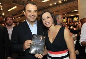 O ex-governador Sérgio Cabral e a esposa Adriana Ancelmo Foto: Divulgação
