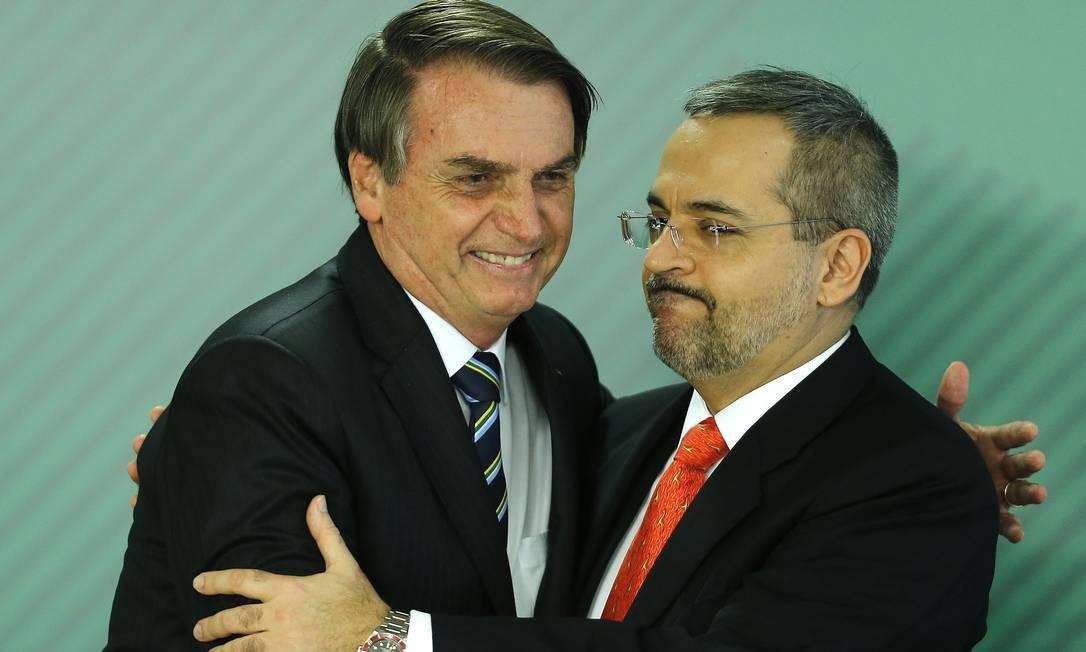 Em 9 de abril, Bolsonaro empossa o novo ministro da Educação, Abraham Weintraub Foto: Jorge William / Agência O Globo