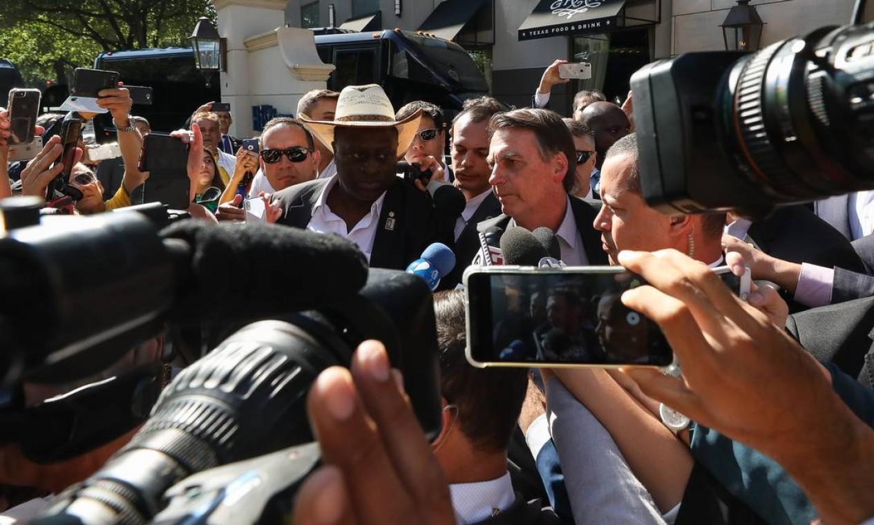 Em Dallas, nos EUA, para receber uma homenagem da Câmara de Comércio Brasil-EUA, Bolsonaro chamou os manifestantes de 'idiotas úteis'. Foto: Marcos Corrêa / Presidência da República -15/05/2019