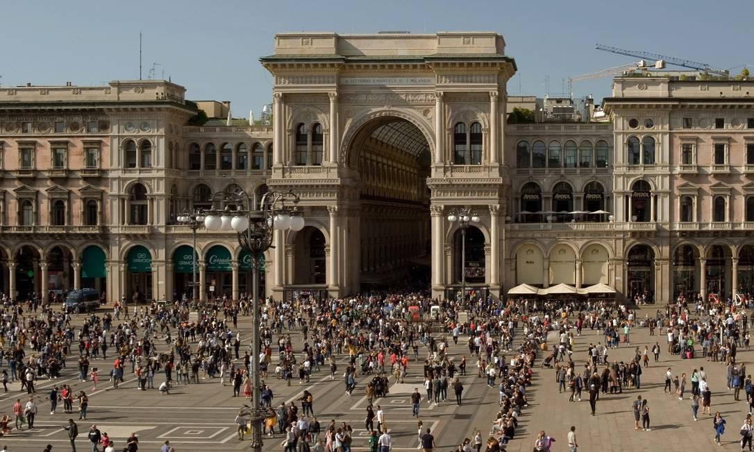 Piazza del Duomo, no coração de Milão, na Itália Foto: Andrea Wyner / The New York Times