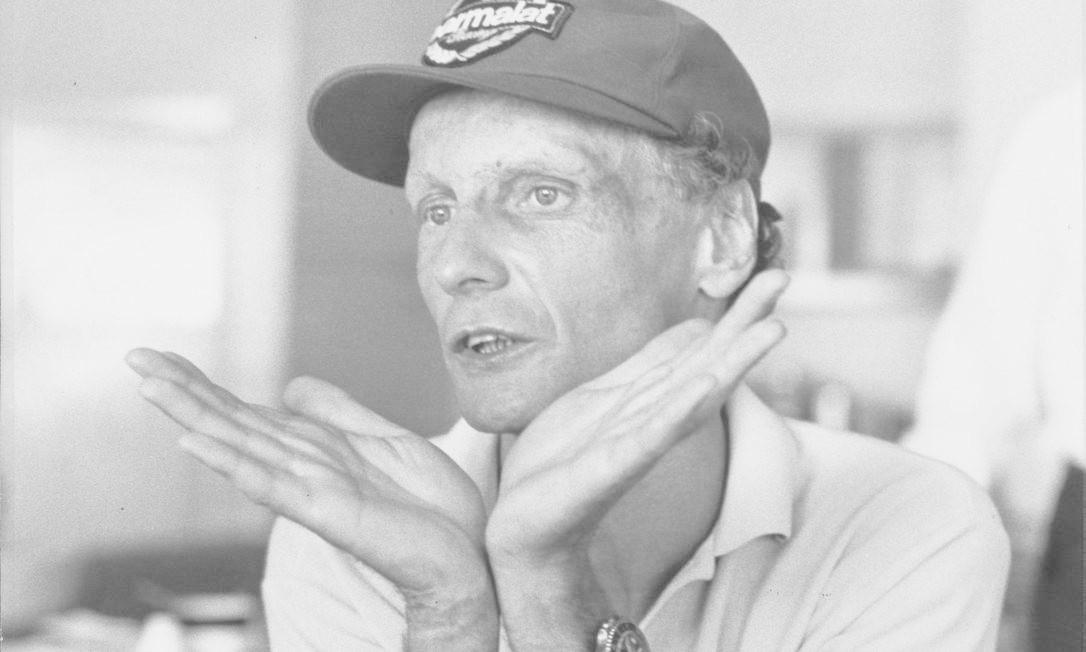 Arquivo 19/11/1986, o então piloto de F1 Niki Lauda concede entrevista Foto: Ignácio Ferreira / AOG