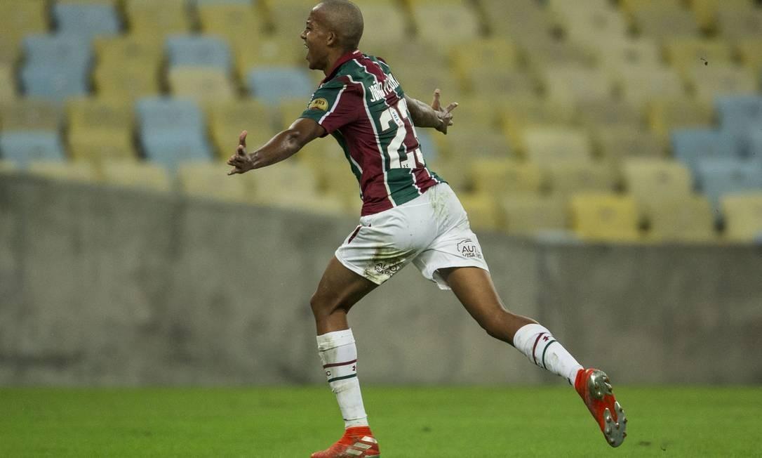 João Pedro já marcou quatro gols pelo profissinal Foto: Guito Moreto / Agência O Globo