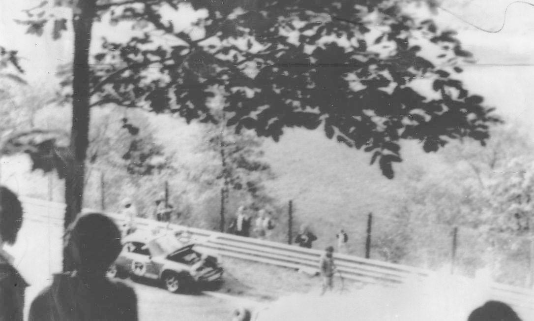 Acidente com o piloto austríaco Niki Lauda no Grande Prêmio da Alemanha de Fórmula-1 Foto: UPI / UPI