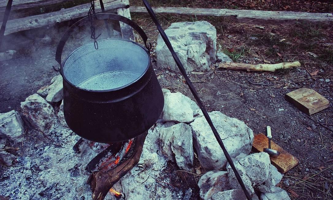 Lares que preparam alimentos com lenha ou carvão já são 14 milhões Foto: Pixabay