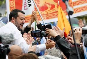 Salvini durante comício de partidos nacionalistas e de extrema direita em Milão: eleições para o Parlamento Europeu podem reforçá-lo ao ponto de formar nova coligação de governo Foto: Alessandro Garofalo / REUTERS/18-5-2019