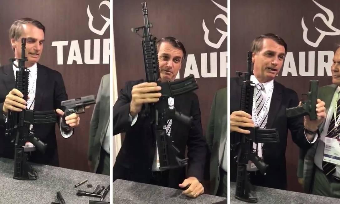 Bolsonaro posou com fuzil da Taurus em estande de feira de armas em 2017 Foto: Reprodução
