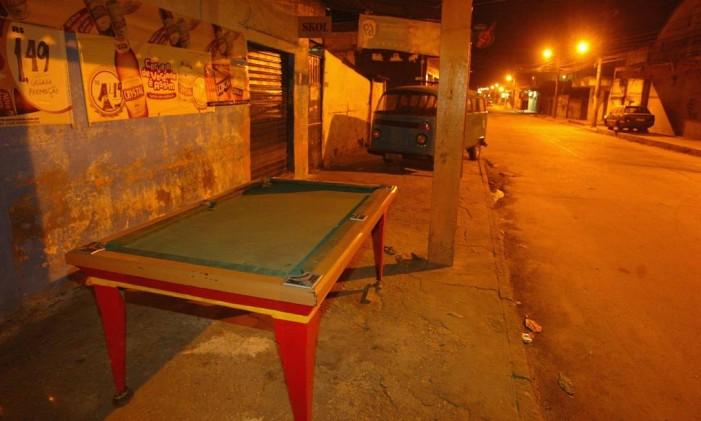 Bar de Nova Iguaçu que foi um dos alvos dos policiais Foto: Fernando Quevedo/1-4-2005 / Agência O Globo