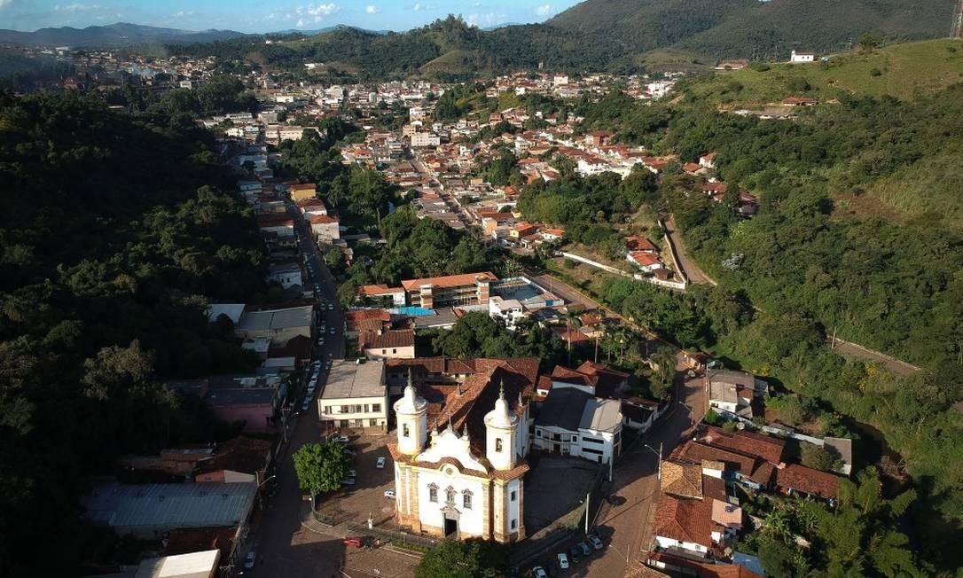 Desde fevereiro, o alerta perdeu a credibilidade quando a barragem apresentou problemas pela primeira vez e nada mais grave aconteceu Foto: Pablo Jacob / Agência O Globo