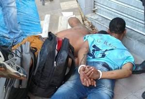 Populares impediram que suspeitos fugissem Foto: Reprodução/Página Padre Miguel News