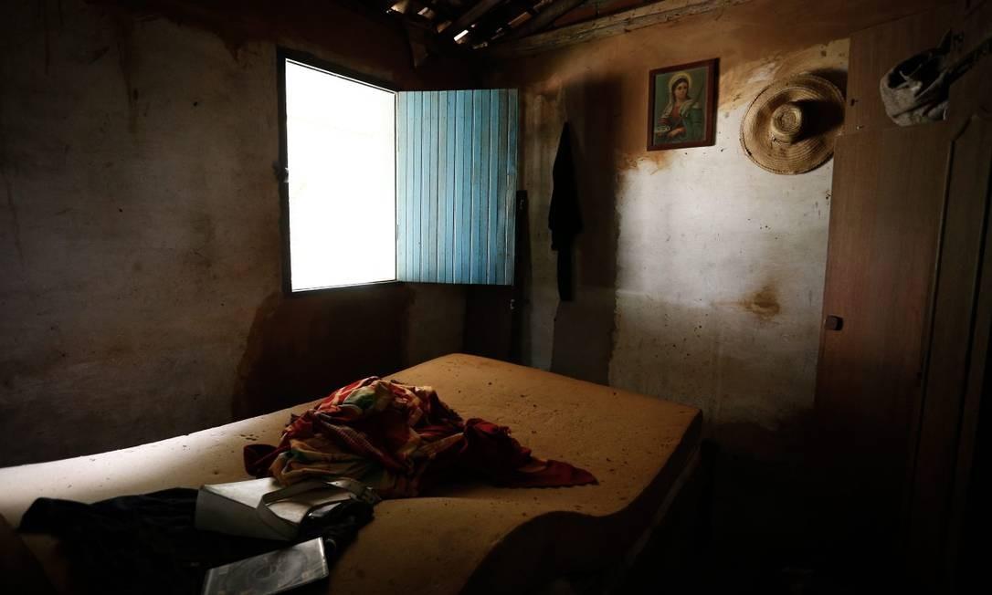 Casa abandonada por moradores em povoado de Socorro, em Minas Gerais Foto: Pablo Jacob / Agência O Globo