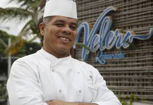 Velero. Carlos Eduardo Souza descobriu nas reuniões informais o talento para a gastronomia Foto: Fábio Guimarães / Agência O Globo