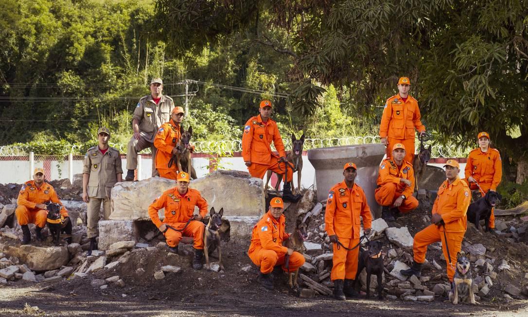 Bombeiros estão entre os servidores com aposentadoria especial. Foto: Leo Martins / Agência O Globo