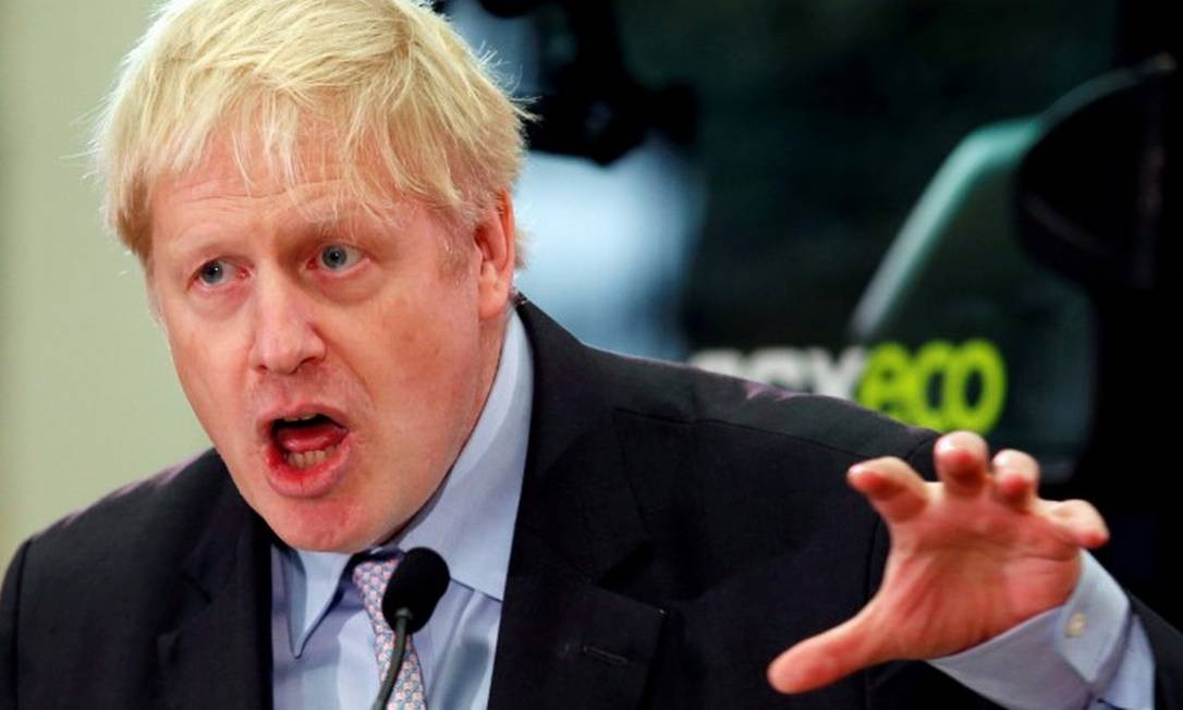 FILE PHOTO: Former British Foreign Secretary Boris Johnson gives a speech at the JCB Headquarters in Rocester, Staffordshire, Britain, January 18, 2019. REUTERS/Andrew Yates/File Photo Foto: Andrew Yates / REUTERS