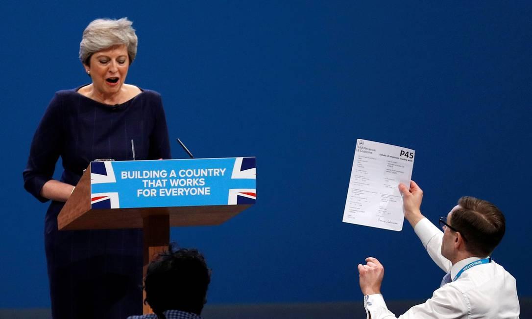 Theresa May discursa na conferência do Partido Conservador em Manchester, Inglaterra, 4 de outubro de 2017 Foto: Phil Noble / REUTERS