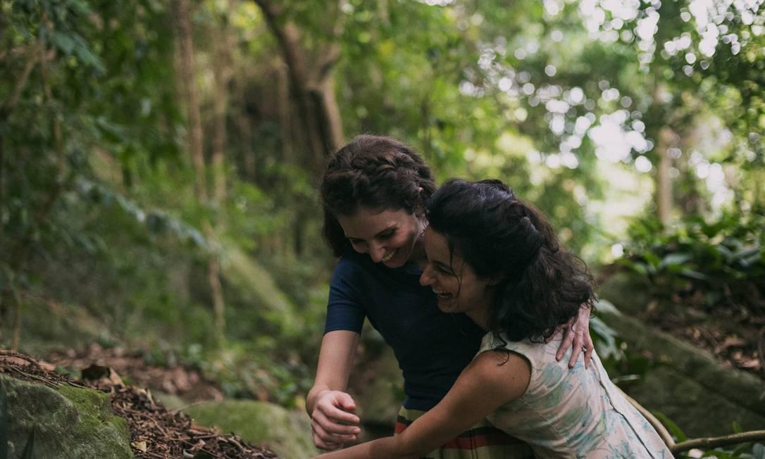 Carol Duarte e Julia Stockler em cena de 'A vida invisível de Eurídice Gusmão' Foto: Divulgação/Bruno Machado