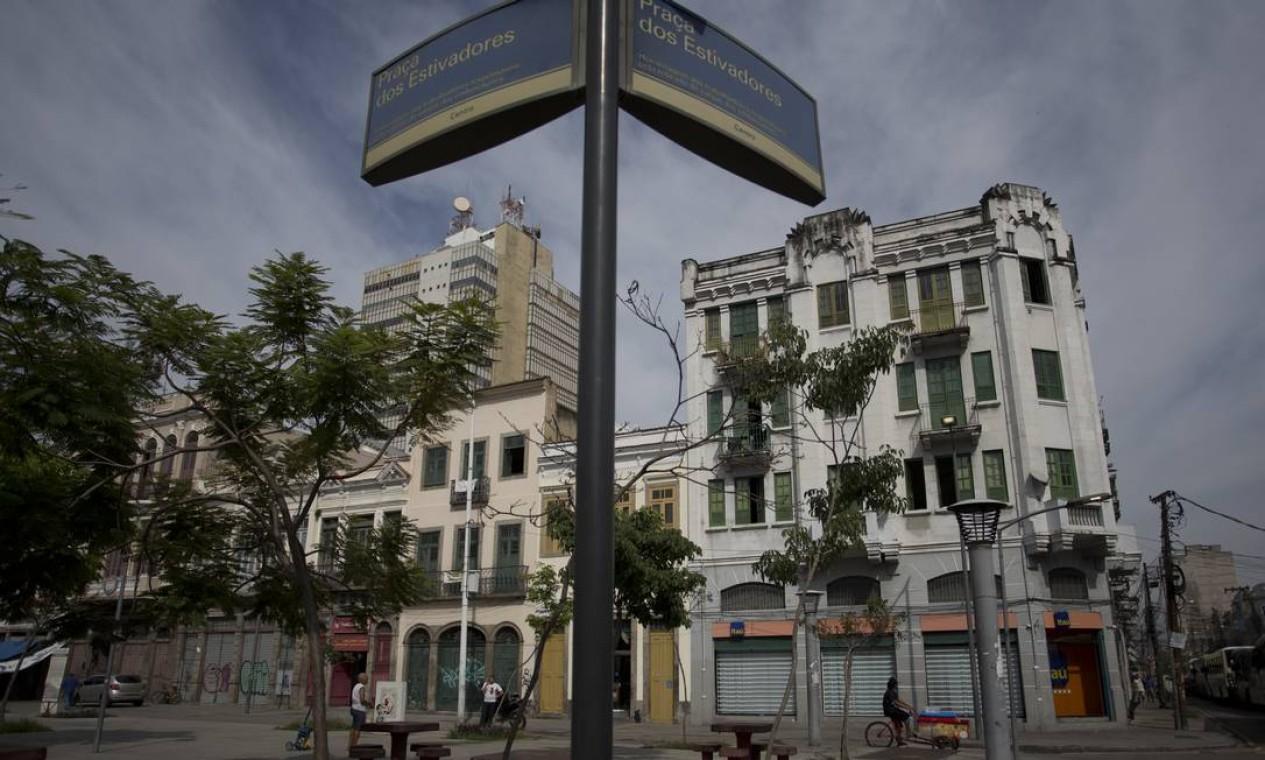 Praça dos Estivadores, na Rua Camerindo Foto: Márcia Foletto / Agência O Globo