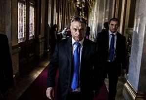 O primeiro-ministro húngaro, Viktor Orban, no Parlamento em Budapeste: emergência da extrema direita Foto: AKOS STILLER / The New York Times/20-10-2018