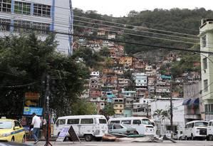 Morro do Borel, na Tijuca: tráfico de drogas na comunidade é uma das origens do dinheiro que alimentava o esquema Foto: Fabiano Rocha / Agência O Globo