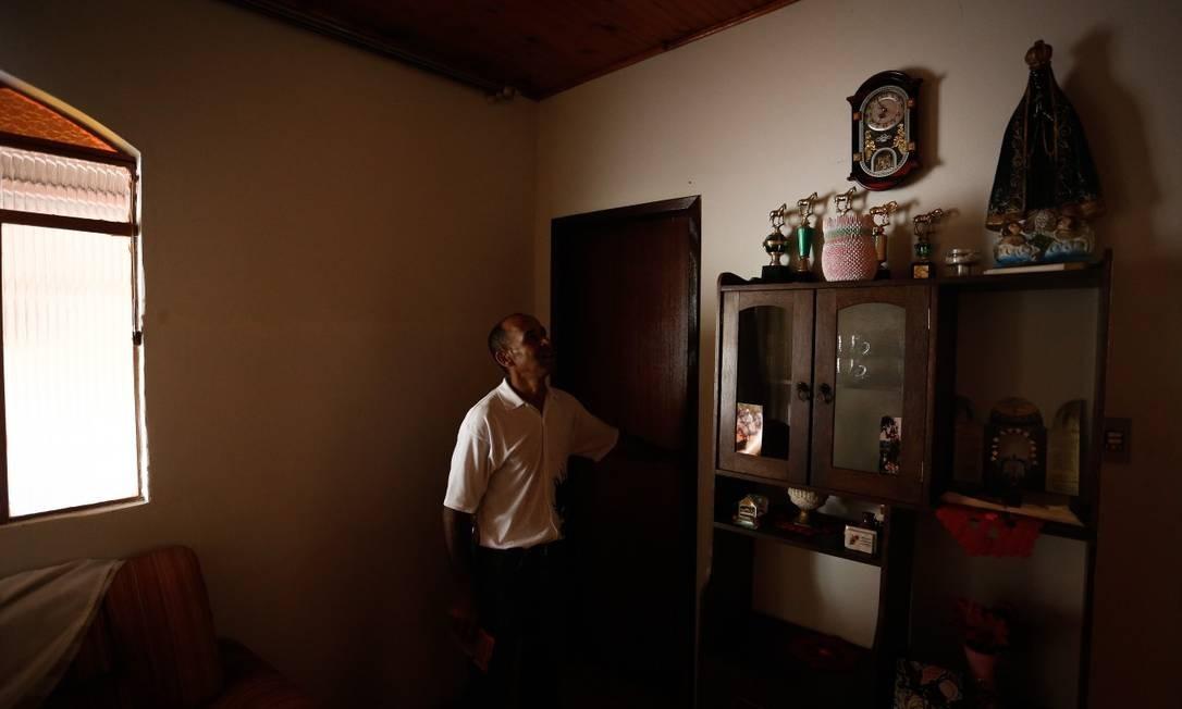 Na casa no povoado de Socorro, nos arredores de Barão de Cocais (MG), o motorista passou metade dos 46 anos de vida até ser forçado a deixar tudo para trás Foto: Pablo Jacob / Agência O Globo
