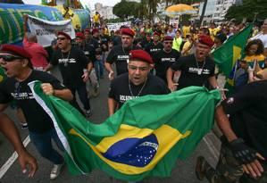 Rio de Janeiro 25/05/2019 Manifestação pro Bolsonaro na praia de Copacabana. Foto Marcelo Regua / Agência O Globo Foto: Marcelo Regua / Agência O Globo