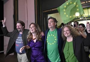 Membros do Partido Verde austríaco comemoram após divulgação dos primeiros resultados da eleição ao Parlamento Europeu Foto: HANS PUNZ / AFP 26-5-19